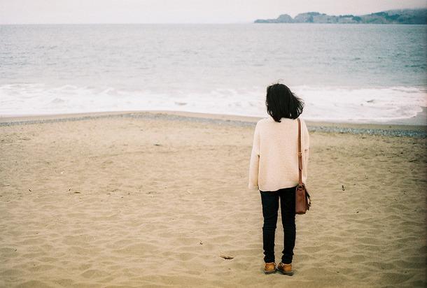 Favim.com-autumn-beach-girl-photography-654401